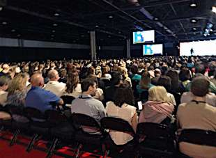 A Step-by-Step Guide to Choosing the Right Trade Show to Exhibit